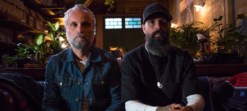 Jeans, fun & rock 'n roll: Rob en Keith van het Antwerpse Eat Dust Jeans