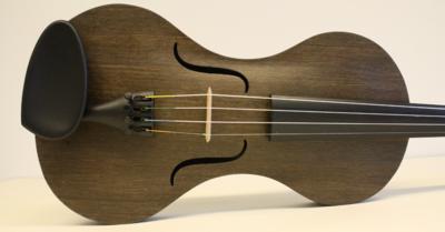 Strijkinstrumenten uit vlas, Tim Duerinck in samenwerking met UGent en HoGent
